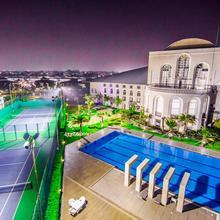 Club Paraiso in Birgaon