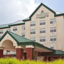 Country Inn & Suites By Carlson, Gwinnett Place Mall in Allendale