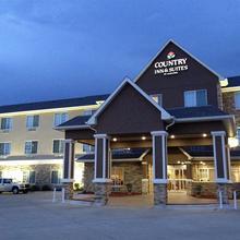 Country Inn Suites Topeka in Menoken