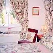 Cross Keys Cottage - Guest house in Kingham