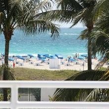 Deco Walk Hostel South Beach in Miami Beach