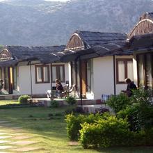 Dera Village Retreat in Dausa