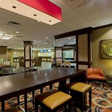 DoubleTree Hotel Baltimore - BWI Airport in Baltimore