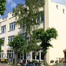 Ferien Hotel Villa Schwanebeck in Stedar