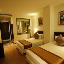 G Hotel in Dhanauli