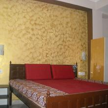 GMOU GUEST HOUSE in Ghangaria