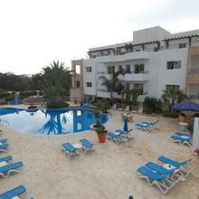 Golden Beach Appart'hotel in Ajarif