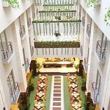 Golden Flower Hotel Bandung in Bandung