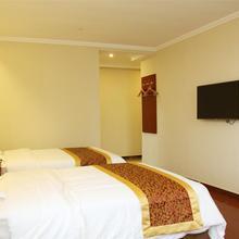 GreenTree Inn Jiangsu Nantong Chongchuan District Middle Changjiang Road Express Hotel in Zhaoqiao