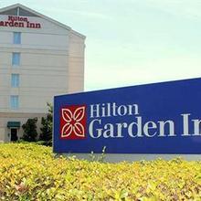 Hilton Garden Inn Charlotte Pineville in Sterling