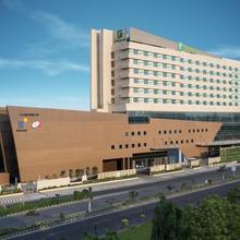 Holiday Inn Chennai OMR IT Expressway in Tambaramsntrm