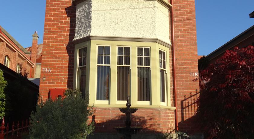 Hopkins Manor in Hobart