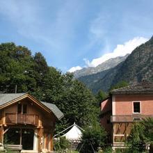Hostel Humanita Art Center in Lostallo