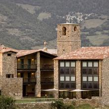 Hosteria Toloriu 1848 in Bescaran