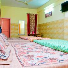 Hotel Anmol in Chintpurni