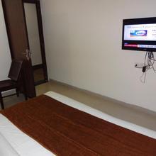 Hotel Anushree in Jabalpur