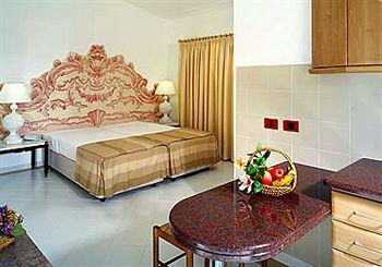 Hotel Apartamento Do Golfe in Maritenda