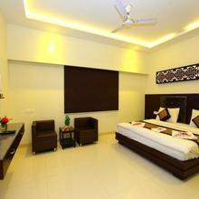 Hotel Avalon Taj in Dhanauli