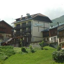 Hotel Chalet du Crey in Celliers