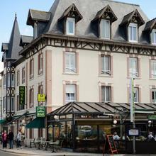 Hotel De Normandie in Tour-en-bessin