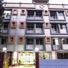 Hotel Debjyoti in Bairatisal