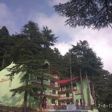Hotel Dogra Residency Patnitop in Batote
