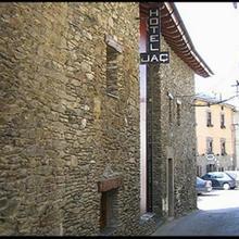 Hotel El Jaç in Martinet