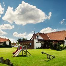 Hotel Farma in Chvalov