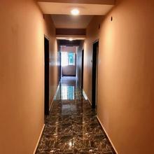 Hotel Galaxy Inn in Ukhra