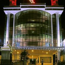 Hotel Ganga Palace in Azhagiapandiapuram