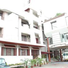 Hotel Gnanam in Thanjavur