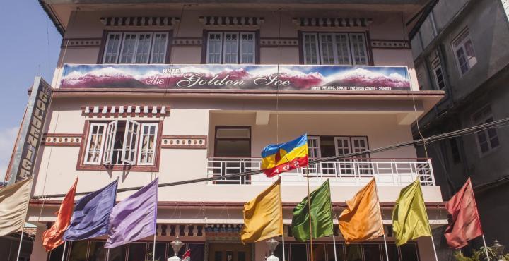Hotel Golden Ice in Rinchingpong