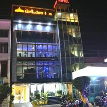 Hotel Golden Inn in Charthaval