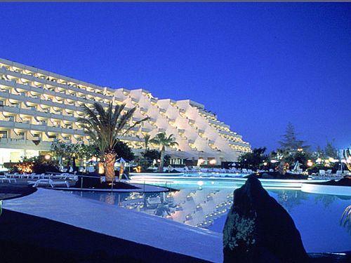 Hotel Grand Teguise Playa in Mala