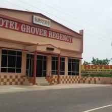 Hotel Grover Regency in Ghumarwin