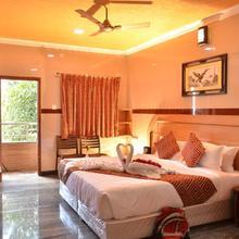 Hotel GVS Residency in Ayothiapattinam