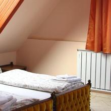 Hotel Happy Apartments in Mogyorod