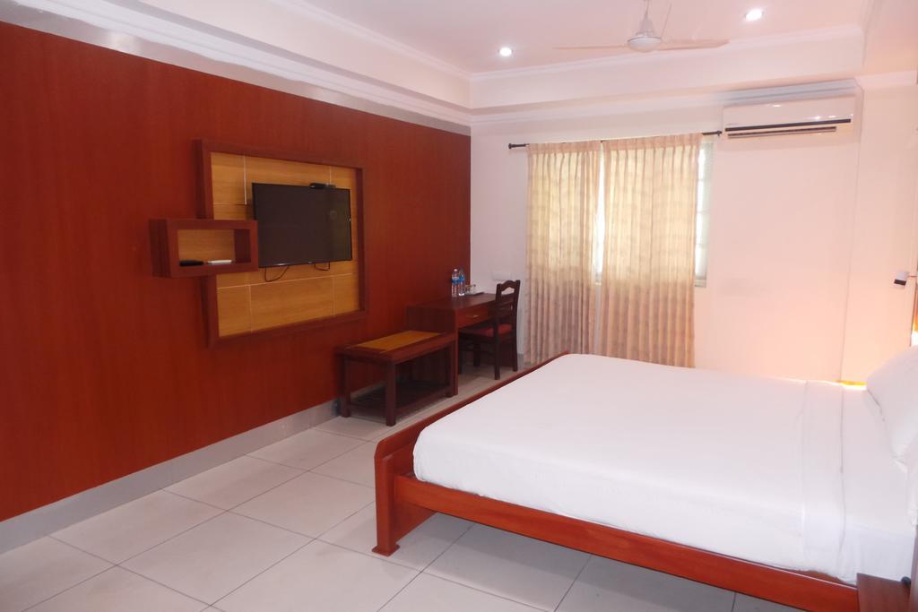 Hotel Hasthina Puri in Thamarassery
