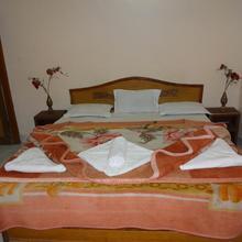 Hotel Heritage in Barua Sagar