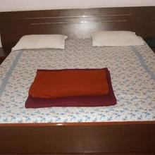 Hotel Hillside in Bhota