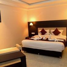Hotel Kanha Residency in Allahabad