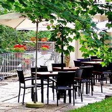 Hotel L'eau Vive in Poupehan