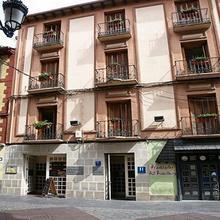 Hotel La Paz in Espuendolas