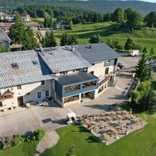 Hotel le Mont Saint-Jean in Longirod