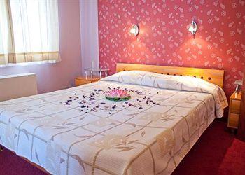 Hotel Light in Vladaya