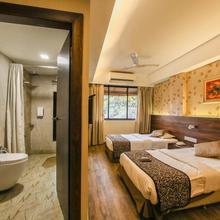 Hotel Maharana Inn Chembur in Ghatkopar