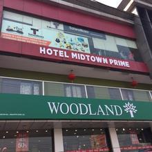 Hotel Midtown Prime in Bhojpur Dharampur