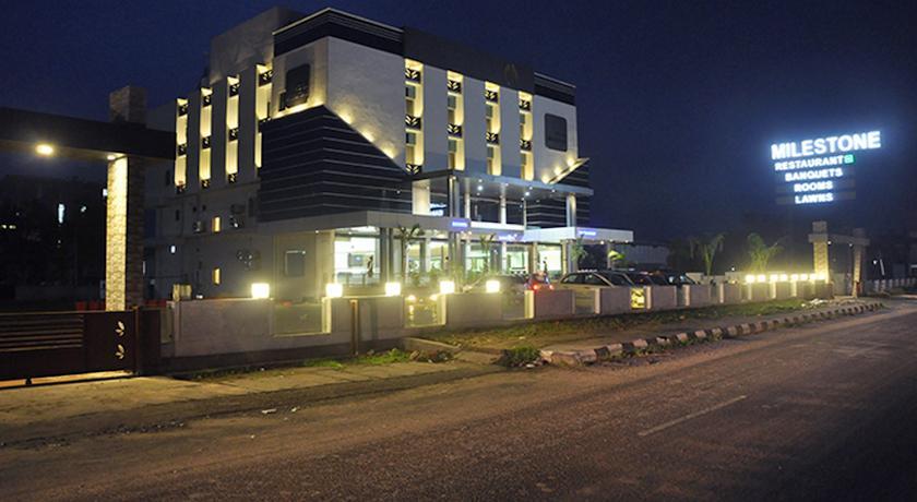 Hotel Milestone in Himmatnagar