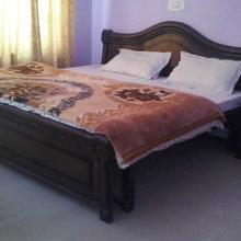 Hotel New Kamet in Govindghat