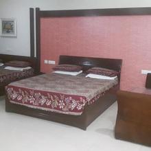 Hotel Noor Mahal Regency in Sirhind Fatehgarh
